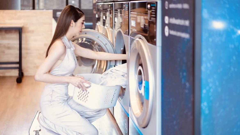 ซักผ้าด้วยเครื่องฝาหน้า