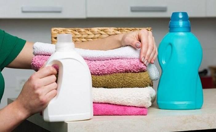 3 วิธีเลือกน้ำยาซักผ้าให้เหมาะกับเสื้อผ้าและวิธีการซัก